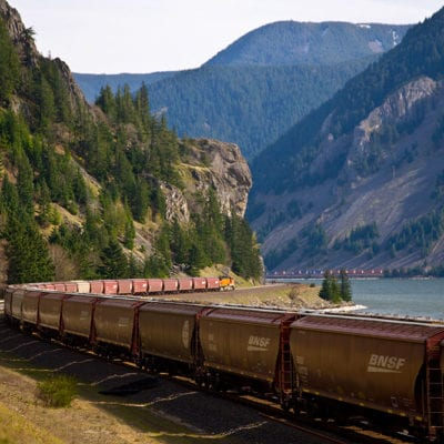 Grain-train-through-mtns-1000